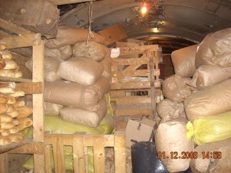 food-in-storeroom