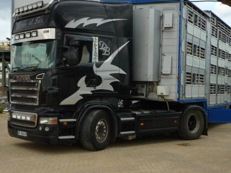 Roche truck