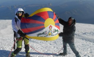 free tibet supporters